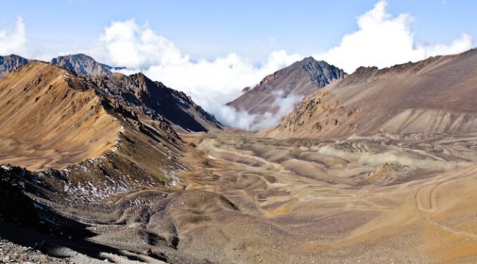 Blick von Passhöhe Richtung Argentinien.